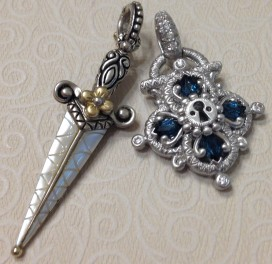 White gold lock with white mop dagger