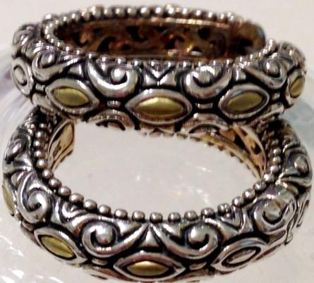 Marquise-motif hoop earrings.