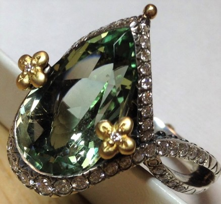 Flower Dance mint quartz pear ring. Size 9.