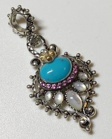 Q Peacock Charm: MOP, turquoise, rhodolite.